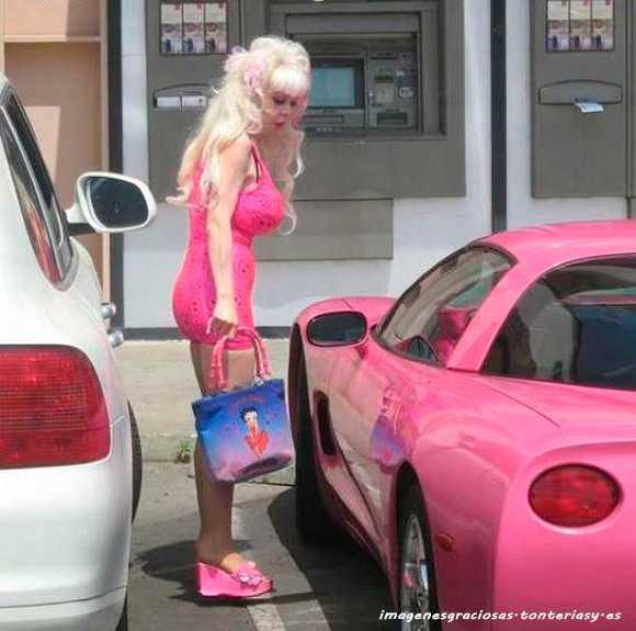 la barbie tambien se ve afectada por el paso del tiempo